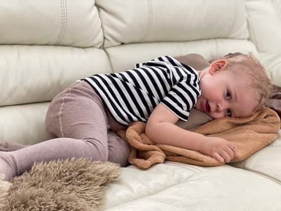 嬰兒不睡覺?