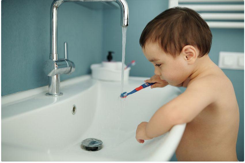 小孩要刷牙嗎?